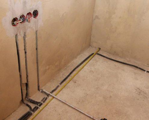 установка электрики в коттедже