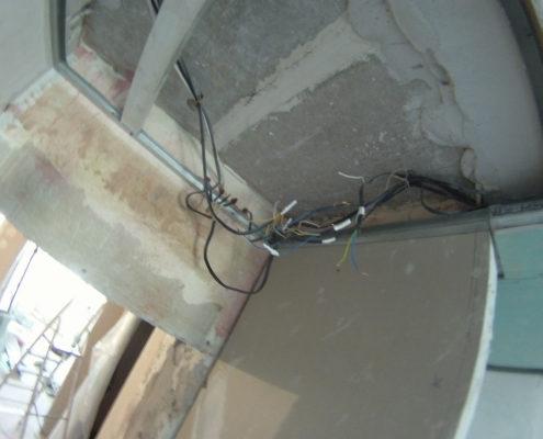 неправильная укладка электрики