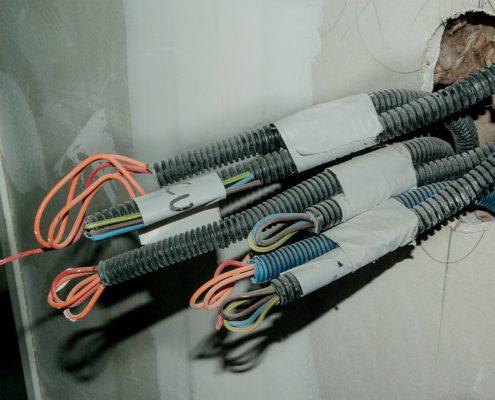 Электромонтажные работы в квартире на кухне под ключ